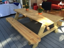 <h5>Picnic table w:bench </h5>