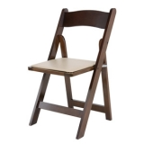 <h5>Wooden Chair – Fruitwood</h5>